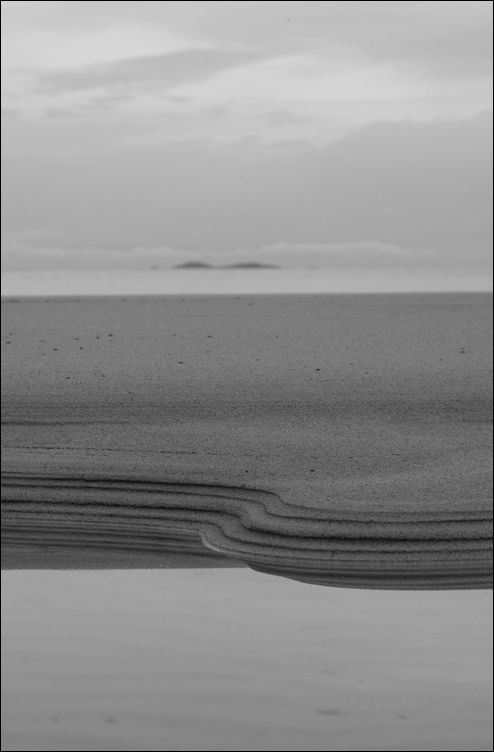 sand shapes on balfour bay erraid mull