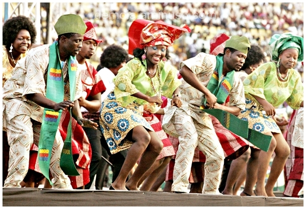 members of Lagos Cultural troop dancing