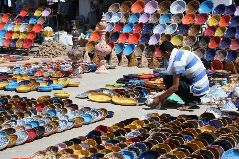selling ceramic in Morocco