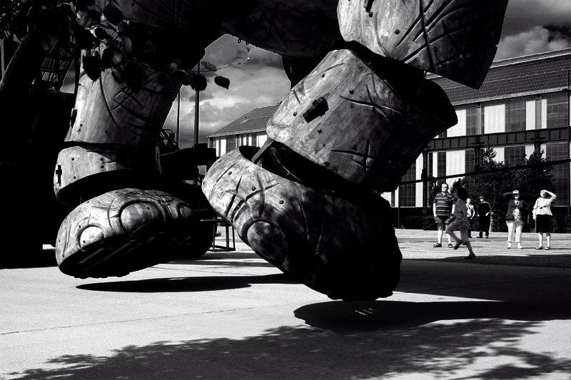 Nantes elephant big machine b&w