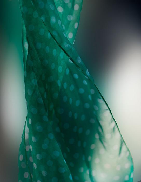 Dancing scarf