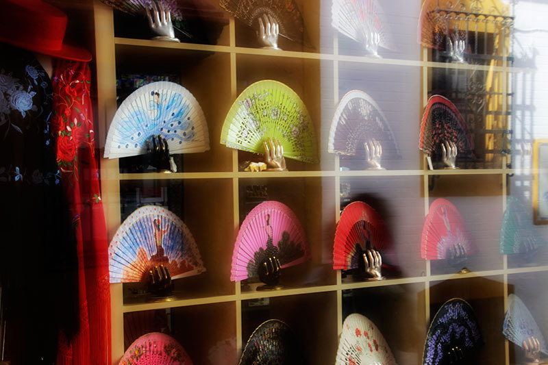 shopwindow with colourful fans