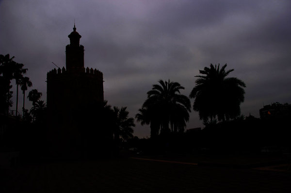 seville by night torre del oro