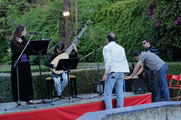 concert rehearsal at jardines le forestier