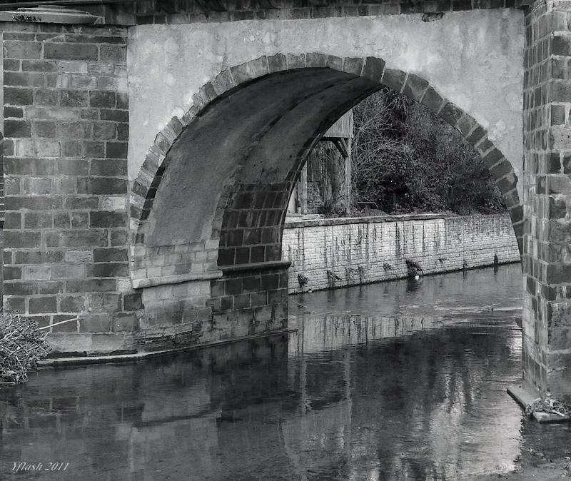 De l'eau sous le pont...