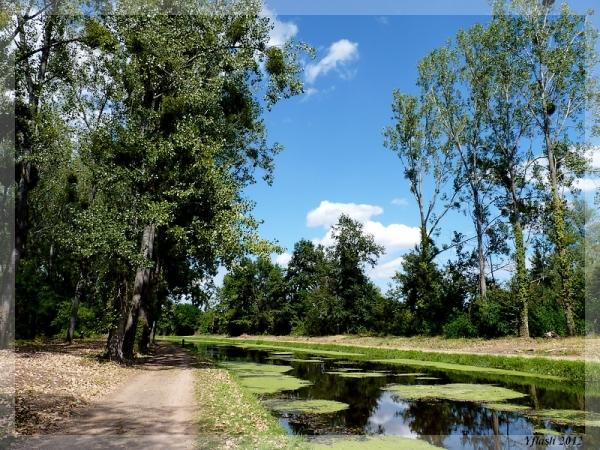 Ancien canal du Berry