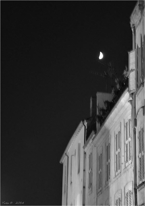 Troublante lune