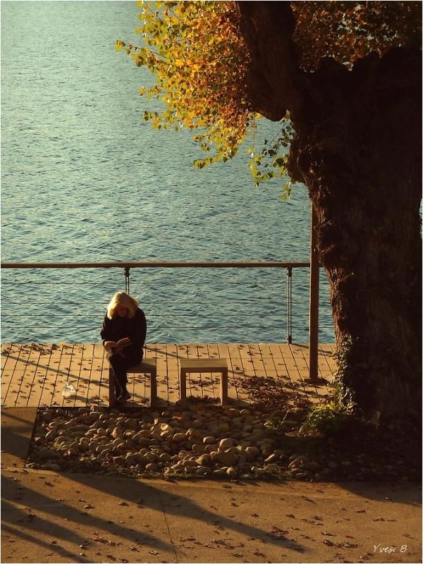 La liseuse à l'automne...
