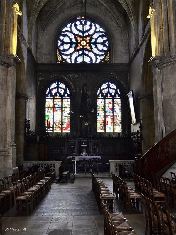 Vitraux (église St-Etienne)
