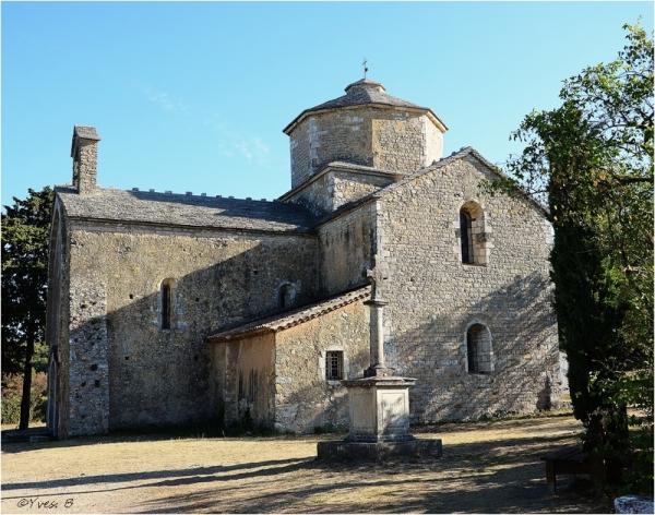 L'église de Larnas