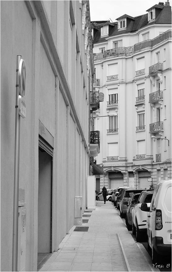 Au fond de la rue