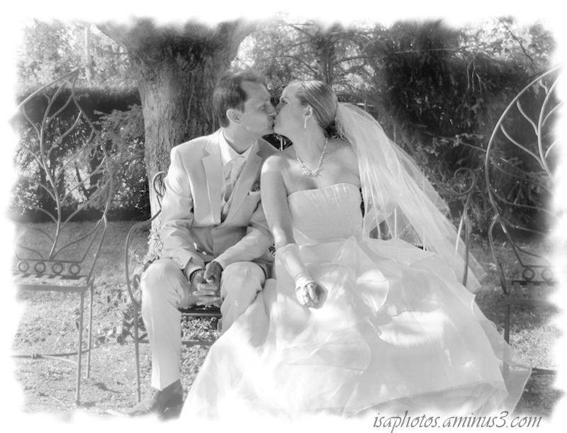 Vous pouvez embrasser la mariée ...