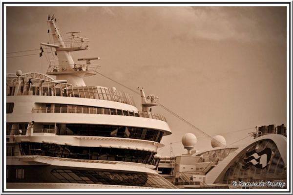 Port de croisière (Cruise's harbor)...