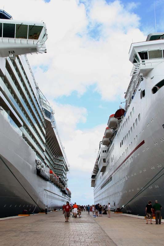 Cruise ships in Cozumel
