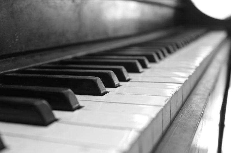 Play me a symphony