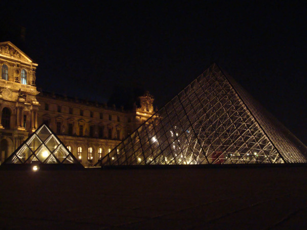 Louvre by night 4/9