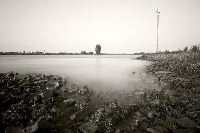 River 1/2