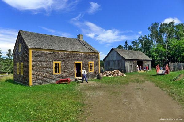 Village Acadien