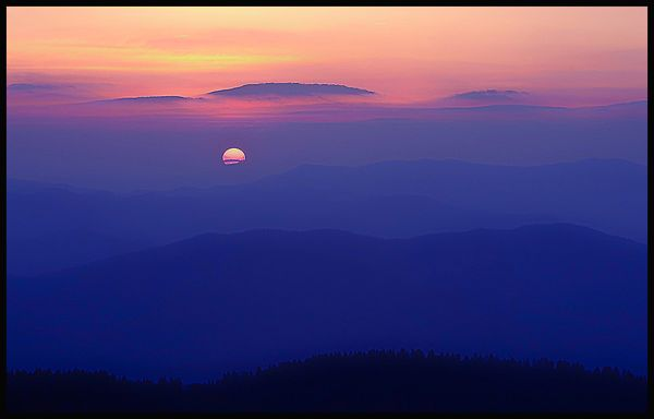 sun set viewed from clingman's dome