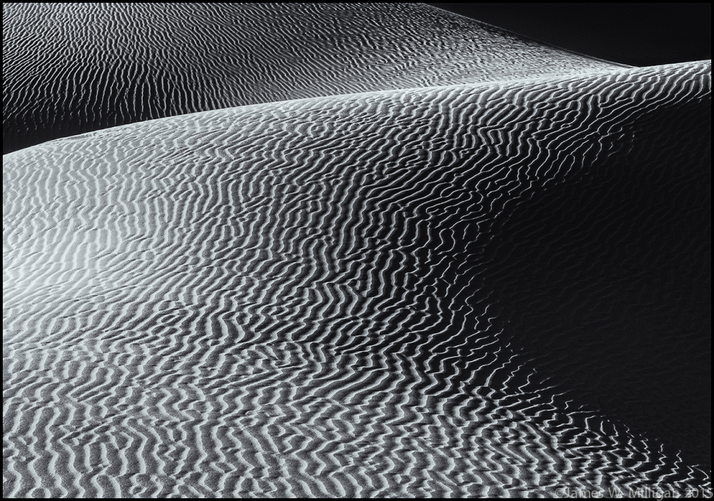 Sand dunes in B&W