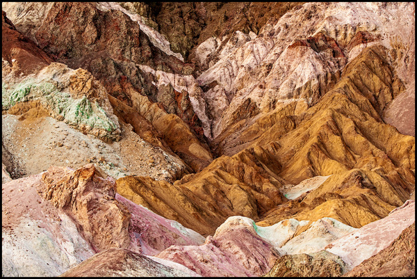 Combinations of color in the rock layers