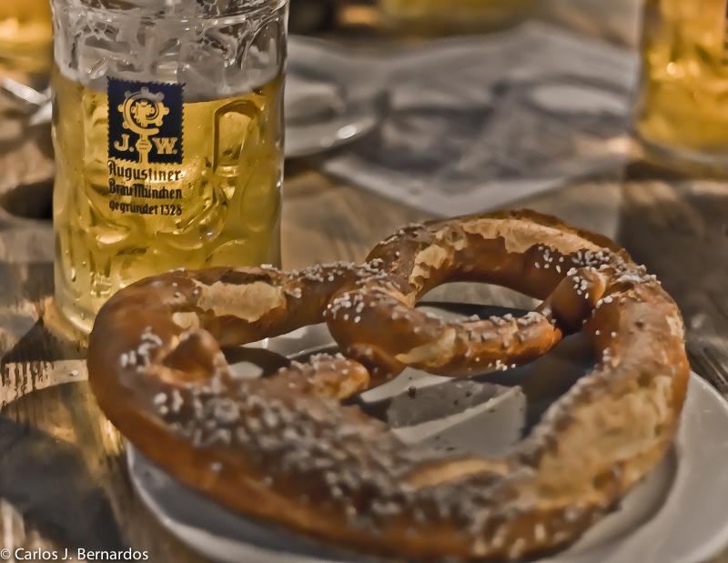 Beer and pretzels in a beer garden of Munich