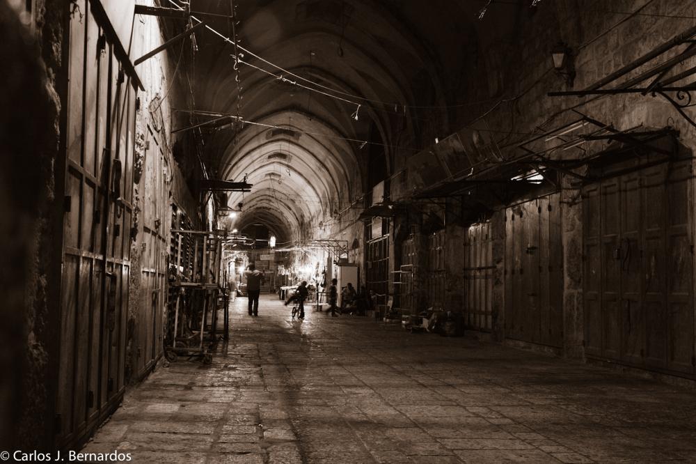 Israel jerusalem market night
