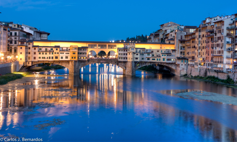 Streets of Florence: Ponte Vecchio at night