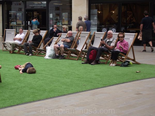 Deckchairs in the highstreet