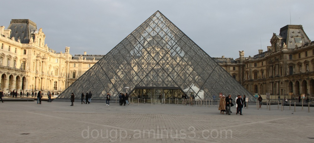 Louvre, light and shade