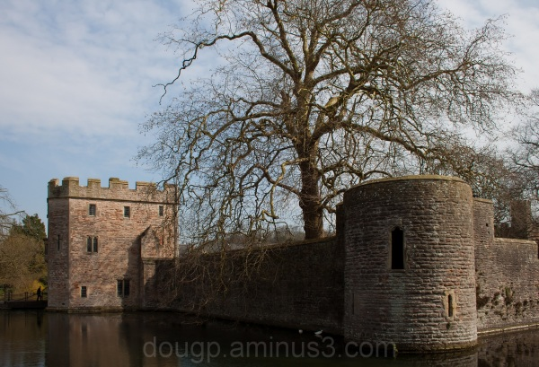 Bishop's Palace, Moat