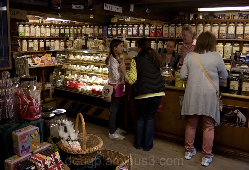 pateley-bridge sweet-shop yorkshire