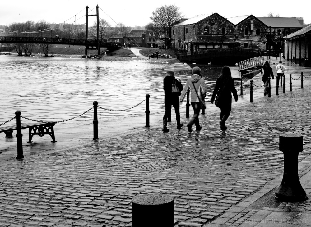 A damp day on the quay