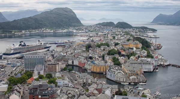 Above Alesund 2 of 2