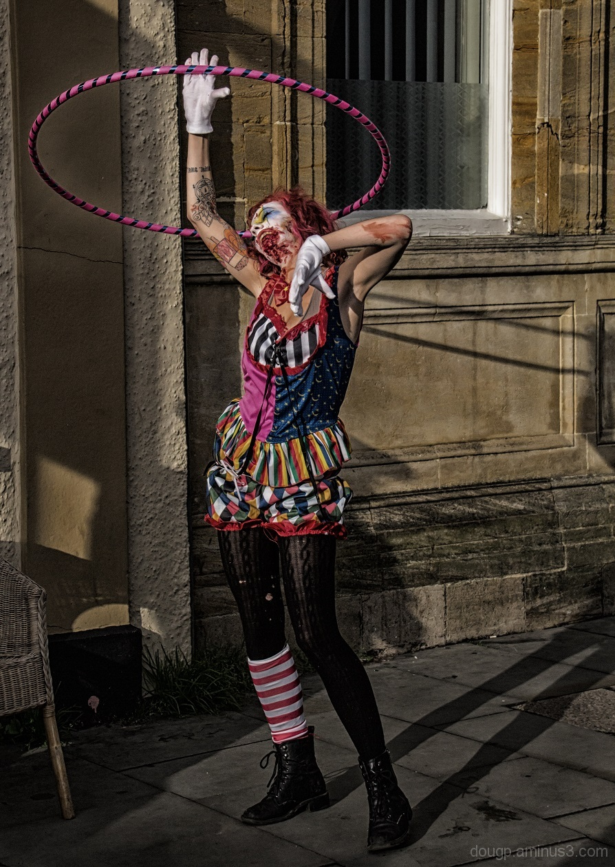 Hooping hippy zombie