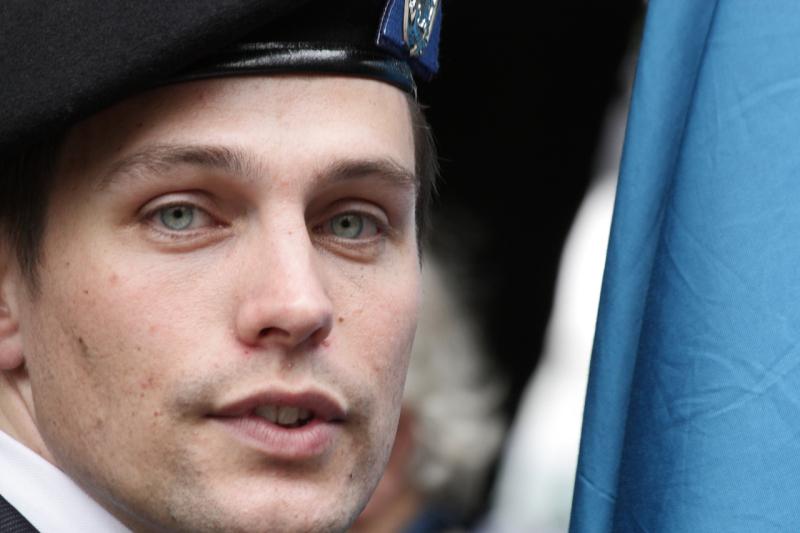 soldiers eyes