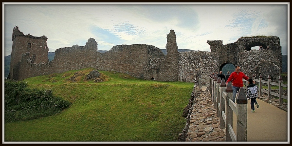 Urquhart Castle, Inverness Scotland