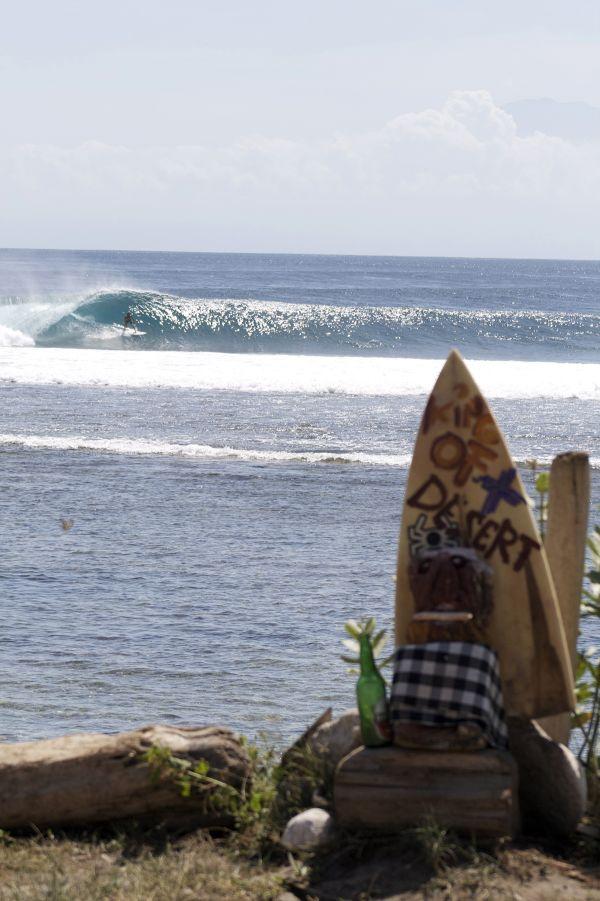 Deserts Point,  Indonesia Surfing