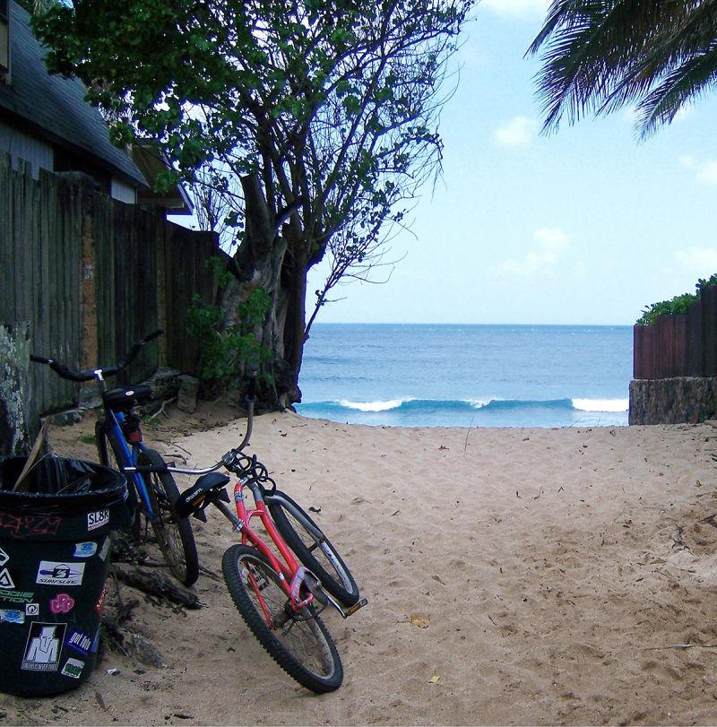 Off the wall , Hawaii