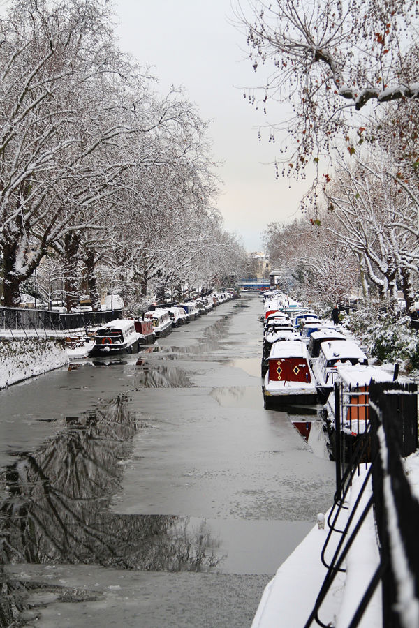 Snow over Regent's Canal, London