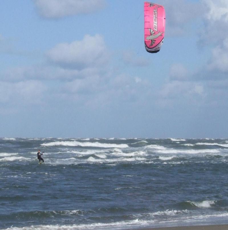 kitesurfen, sport voor stoere vrouwen en mannen