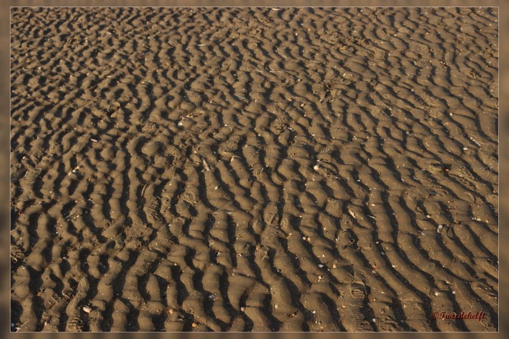 de afdruk die de golven nalaten