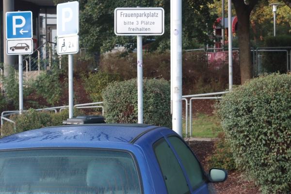 bord op parkeerplaats duitsland