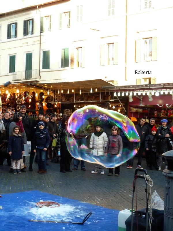 Rome XVIII - Kids in a bubble