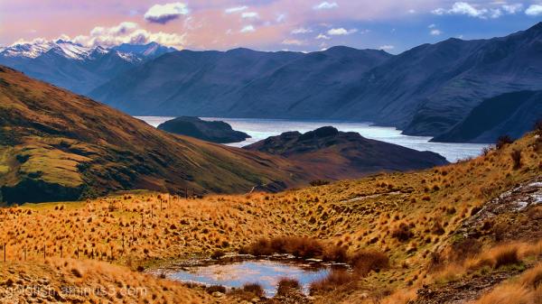 Lake Wanaka,  Views from Rocky Mountain 3/3