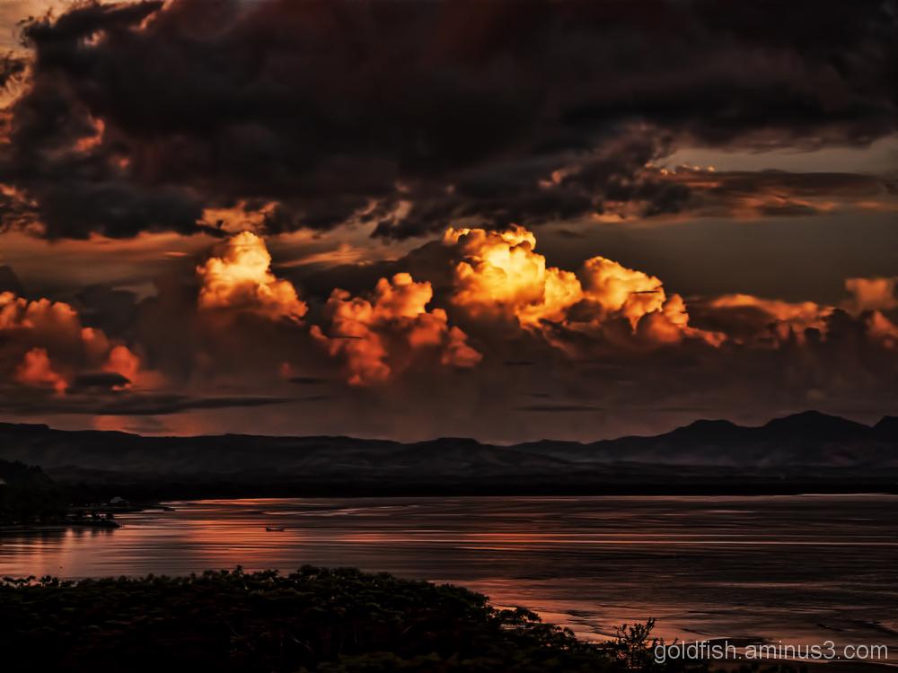 Fiji Sunsets 3/4