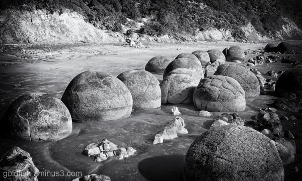 Moeraki Boulders 1/6