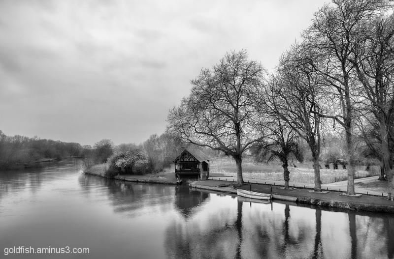 View From Shillingford Bridge 1/3