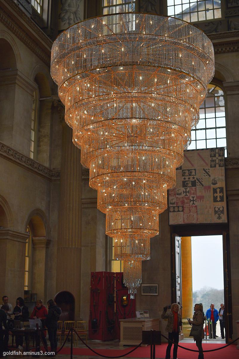 Ai Weiwei - Chandelier 1/3