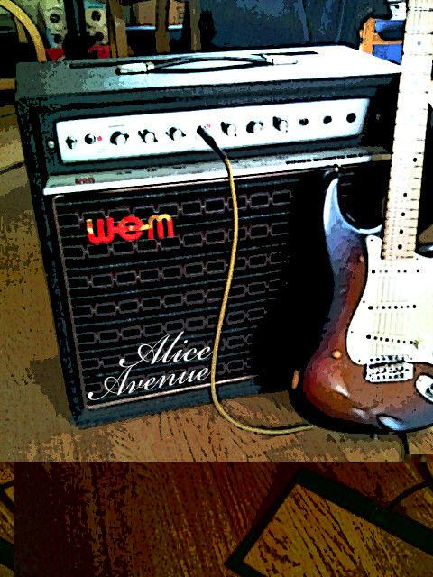 Alice Avenue's vintage amp and guitar edit